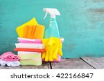 household supplies and cleaning ... | Shutterstock . vector #422166847