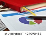 report on business start up ... | Shutterstock . vector #424090453