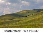 lamar valley in yellowstone... | Shutterstock . vector #425443837