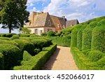Beautiful Sculpted Gardens Wit...