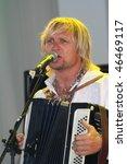 ������, ������: Ukraine Singer Oleg Skripka