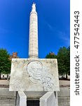 Verrazzano Monument And World...