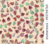 seamless doodle cake pattern... | Shutterstock .eps vector #492744763