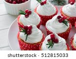 Christmas Cupcakes With Vanill...