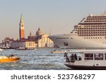 Venice  Italy   October 29 ...