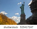 back of the statue of liberty...   Shutterstock . vector #525417247