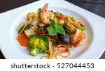spaghetti with shrimp drunken... | Shutterstock . vector #527044453