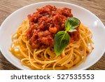 pasta l'amatriciana italian... | Shutterstock . vector #527535553