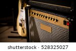 Vintage Style Amp And Guitar I...