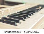 Piano Or Electone Keyboard ...