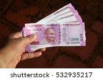 close up of indian 2000 rupee...   Shutterstock . vector #532935217