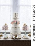 Luxurious Wedding Cake And...