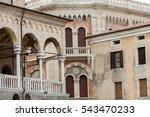 Palazzo Della Ragione On...