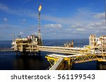offshore construction platform... | Shutterstock . vector #561199543