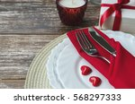 Table Setting In White Red Ton...