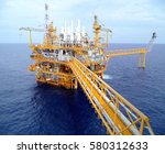 offshore construction platform... | Shutterstock . vector #580312633