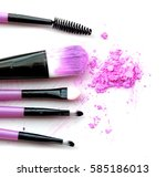 cosmetic powder brush circle... | Shutterstock . vector #585186013