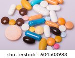 different tablets pills capsule