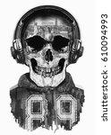 skull vintage with headphones ...   Shutterstock . vector #610094993
