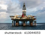 semi submersible oil rig... | Shutterstock . vector #613044053