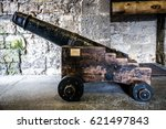 English Ancient Cannon In...