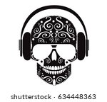 skull icon with headphones and...