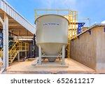 sludge thickener tank in water... | Shutterstock . vector #652611217