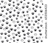seamless pattern traces of paws   Shutterstock .eps vector #653506423