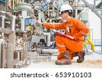 Small photo of Mechanical engineering inspector check control valve of seal gas and lube oil system of centrifugal type sale compressor and turbine engine, Daily checklist with log sheet to record abnormal condition