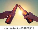 friends enjoying the outdoors... | Shutterstock . vector #654083917