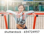 sports beautiful woman doing... | Shutterstock . vector #654724957