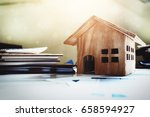 house and property for sale... | Shutterstock . vector #658594927