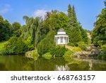 kassel    Shutterstock . vector #668763157