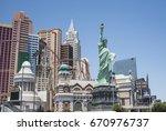 Small photo of Las-Vegas Strip