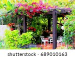 Tropical Gazebo. Hi Res. Garde...