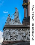 Small photo of Prince Albert Memorial (1876), Gothic Memorial to Prince Albert. London.