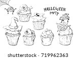 variety of halloween cupcakes...
