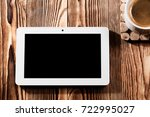 white tablet pc isolated on a... | Shutterstock . vector #722995027