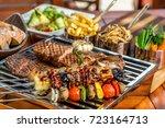 mix grill plater   Shutterstock . vector #723164713