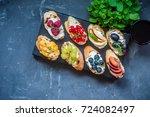 cream cheese toast bruschettas... | Shutterstock . vector #724082497
