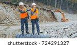 worker construction build | Shutterstock . vector #724291327