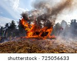 barge burning ritual at bagan... | Shutterstock . vector #725056633