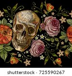 embroidery skull and roses... | Shutterstock .eps vector #725590267