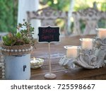 brides family wedding table... | Shutterstock . vector #725598667