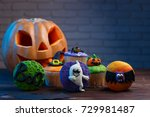 Tasty Halloween Cupcakes Set...