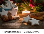 traditional christmas cinnamon...   Shutterstock . vector #735328993