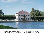 The Palace And Park Ensemble O...