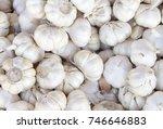 white garlic pile texture.... | Shutterstock . vector #746646883