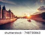 Beautiful Skyline Of Paris ...