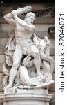 Statue Of Hercules Fighting Th...